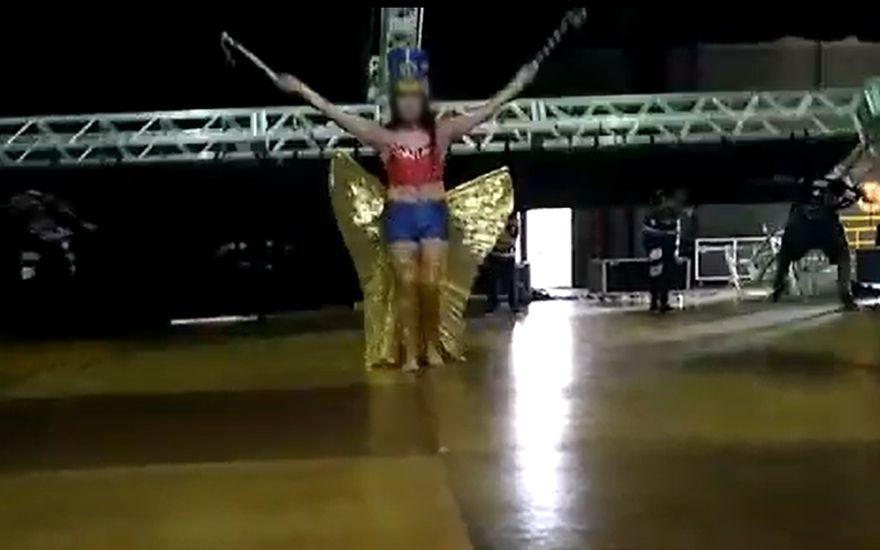 Revide, Telão cai sobre dançarinos durante ensaio no Teatro Municipal de Ribeirão Preto, acidente, Ribeirão Preto, telão