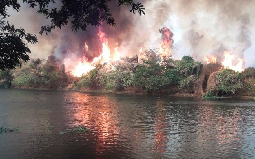 Revide, Incêndio atinge área próximo a ranchos no Rio Pardo, incêndio, ribeirão preto, ribeirão preto, rodovia anhanguera, jardinópolis