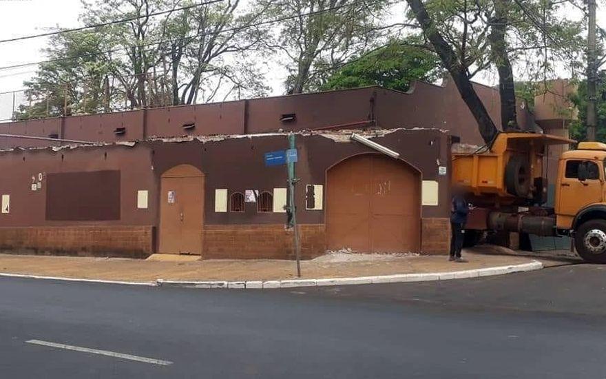 Revide, Antigo Porcada 77 e RP Hall começam a ser demolidos em Ribeirão Preto , Ribeirão Preto, atualidade, tradição, casa de show